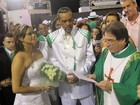 Padre celebra casamento antes de escola que falar sobre o amor 