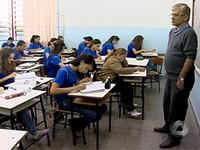 Redação no Enem preocupa alunos da rede pública (Foto: Reprodução/TV Morena)
