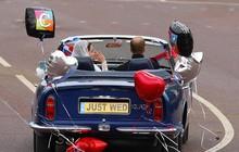 Conheça os carros usados pelos noivos no casamento real (Chris Ison-pa/AP)