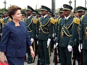 Dilma participa nesta quinta-feira de solenidade no monumento ao primeiro presidente da Republica de Angola, Antonio Agostinho Neto, em Luanda.  (Foto: Roberto Stuckert Filho/PR)