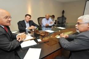Encontro entre chefes de Estado ocorreu na sede do Governo do Amazonas (Foto: Chico Batata / Agecom )
