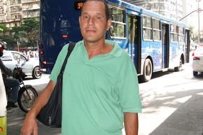 Carlos Pedro é a favor da greve dos ônibus. (Foto: Pedro Triginelli/G1)