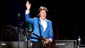 Mostrando muita simpatia e animação, Paul McCartney faz apresentação histórica em São Paulo