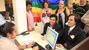 União gay em Goiás (Foto: Diomício Gomes/ O Popular/AE)