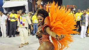 Adriana Bombom, musa da Salgueiro, volta para a Sapucaí no desfile das campeãs do Rio. musas* famosos* (Foto: Alexandre Durão / G1)