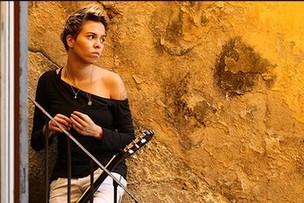 Maria Gadú se apresenta em Campo Grande neste domingo (Foto: Divulgação/Assessoria)