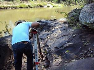 Pegadas em MS podem ser de  dinossauros, dizem pesquisadores (Foto: Divulgação/SPU-MS)