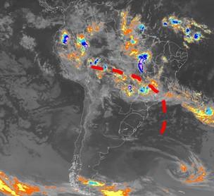 Atuação da Zona de Convergência do Atlântico Sul em 4 de março de 2011 (Foto: Reprodução/Cemtec)