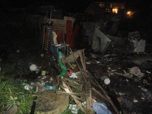 fogo em comunidade da Bahia (Foto: Raphael Carneiro/G1)
