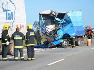 Caminhão bate em outro carregado de explosivos na Paraíba (Foto: Walter Paparazzo/G1 PB)