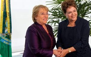 Presidente Dilma e a ex-presidente do Chile Michelle Bachelet, atual secretária-geral adjunta das Nações Unidas e Diretora Executiva da ONU Mulheres (Foto: Roberto Stuckert Filho / Presidência)