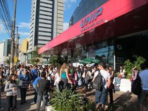 Mais de 16 mil candidatos se inscreveram para o vestibular; abstenção foi de 15,2% (Foto: Vanessa Fajardo/ G1)