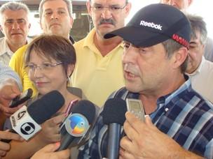 MInistro da Agricultura, Mendes Ribeiro Filho, em Ponta Porã, MS (Foto: Anderson Viegas/G1 MS)