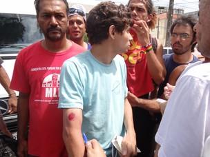 Protesto de estudantes contra aumento de passagem de ônibus no Recife (Foto: Katherine Coutinho / G1 PE)