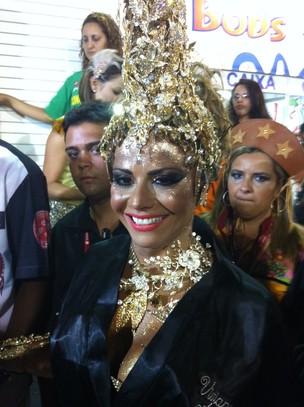 Viviane Araújo, rainha de bateria do Salgueiro, diz que neste ano entrará na Sapucaí 'bem rica' (Foto: Rodrigo Vianna/G1)