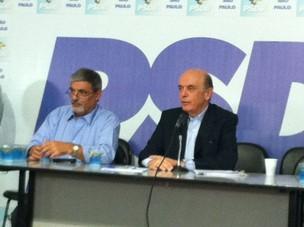Serra dá coletiva no diretório estadual do PSDB (Foto: Roney Domingos/G1)