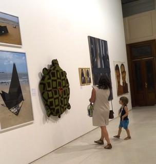 """""""A arte contemporânea é aquilo que as pessoas ainda não entendem"""", diz o diretor do MACRS André Venzon (Foto: Luiza Carneiro/ G1)"""