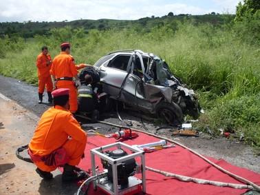 Acidente na BR-110, na Bahia, mata quatro pessoas (Foto: PRF/Bahia)