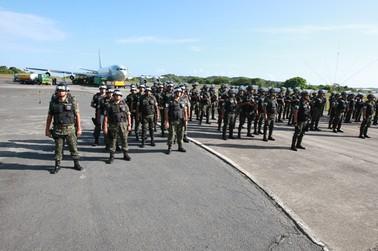 Mais soldados do Exército chegam a Salvador (Foto: Carla Ornelas/Secom)