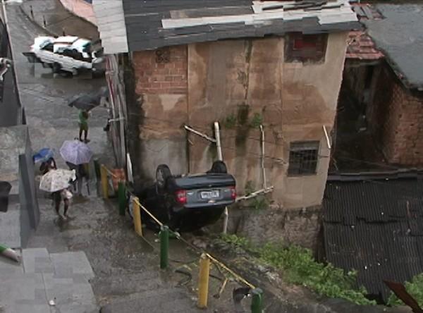 Acidente em Vale das Pedrinhas (Foto: Reprodução/TVBA)