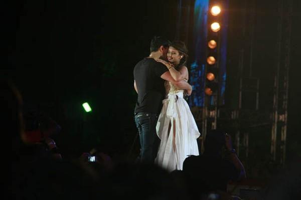 Paula Fernandes e Daniel Boaventura no Festival de Verão 2012 (Foto: Divulgação/Agência Edgar de Souza/Airton Ferreira)