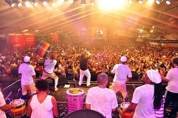 Olodum no Festival de Verão 2012 (Foto: Divulgação/Ag. Edgar de Souza/Renato Jackson)