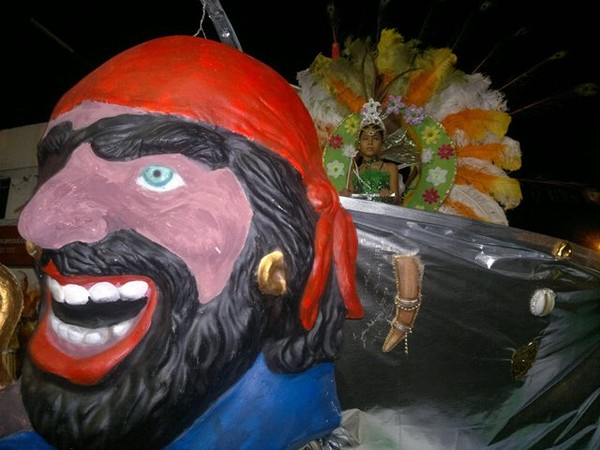 Carnaval Uruguaiana (Foto: Marina Lopes / Agência RBS)