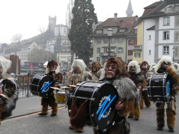 [Colaborativo](4559)Carnaval em Luzern - Suíça-1 (Foto: Fernanda Luiza de Pascalis / VC no Carnaval)