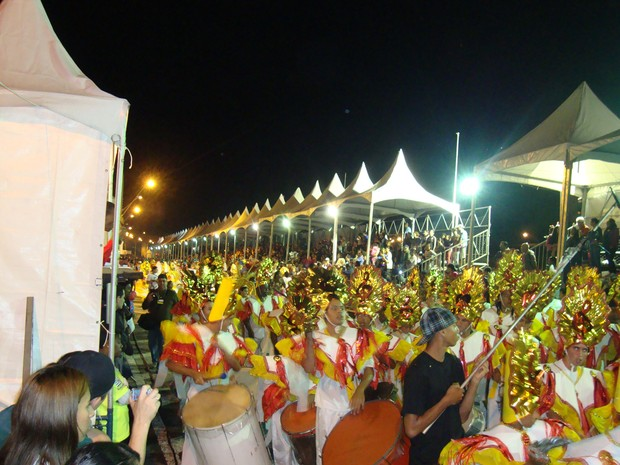 [Colaborativo](5508)DESFILES DAS ESCOLAS DE SAMBA DO GRUPO ESPECIAL DE SÃO JOSÉ DOS CAMPOS-SP-2 (Foto: Hélio Andrade dos Santos / VC no Carnaval)