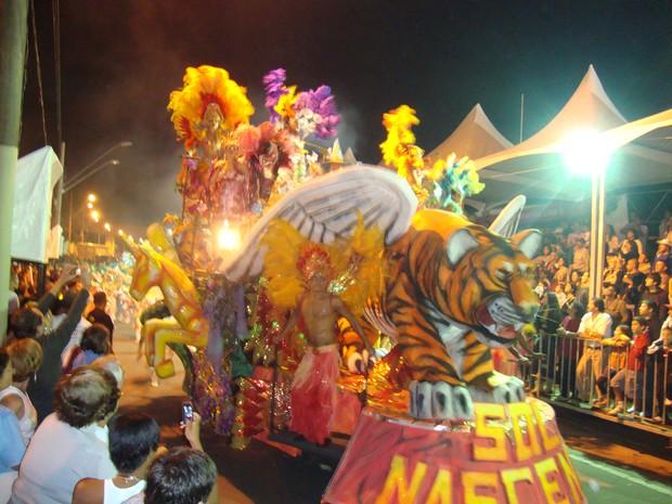 [Colaborativo](5508)DESFILES DAS ESCOLAS DE SAMBA DO GRUPO ESPECIAL DE SÃO JOSÉ DOS CAMPOS-SP-3 (Foto: Hélio Andrade dos Santos / VC no Carnaval)