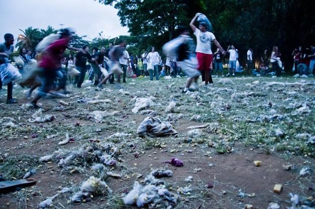 [Colaborativo](8572)Dia Mundial da Guerra de Travesseiros-0 (Foto: Cris Faga / VC no G1)