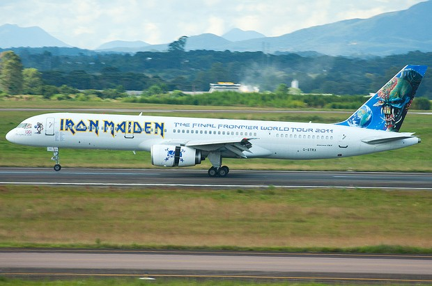 [Colaborativo](8970)Avião do Iron Maiden aterrissa no aeroporto de Curitiba-1 (Foto: Ivan Luís Tavares de Carvalho / VC no G1)