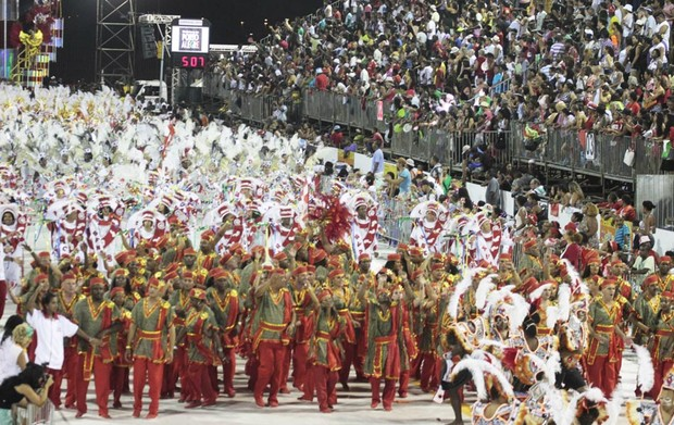 Desfile da Imperadores do Samba no Porto Seco (Foto: Cristine Rochol/PMPA)