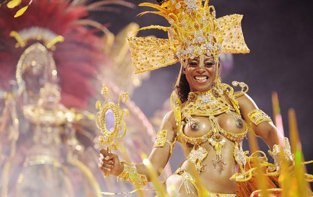 Veja fotos do desfile da Mocidade Alegre (Raul Zito/G1)