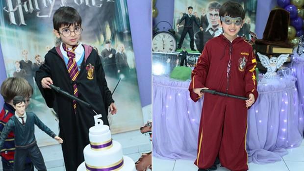 Miguel Garcia, no seu aniversário de 5 anos, em festa com o tema de Harry Potter. No primeiro look, capa preta. Depois, o uniforme de quadribol. (Foto: Rosa Maria Rios Garcia/VC no G1)