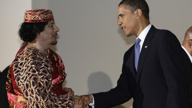 Kadhafi e Obama (Foto: Alessandro Bianchi/Reuters)