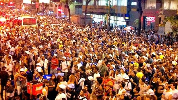 Veja as interdições no trânsito para a passagem de blocos de rua no Rio