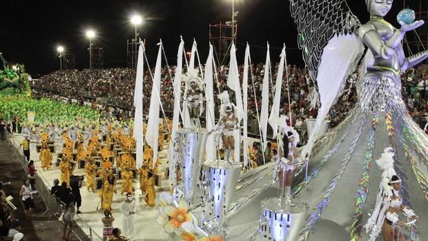 Desfile da Império da Zona Norte no Porto Seco (Foto: Cristine Rochol/PMPA)