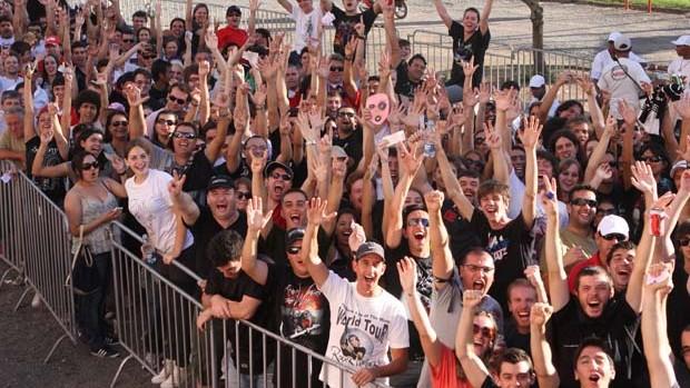 Fãs na fila para o show do Roger Waters (Foto: Wesley Santos/Pressdigital)