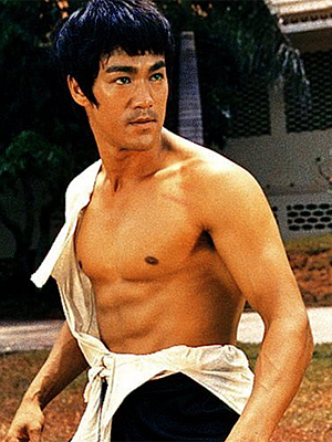 O ator e ícone das artes marciais Bruce Lee, morto em 1973. (Foto: Divulgação)