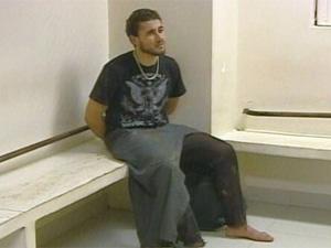 Carlos Eduardo Nunes logo após ser preso, em março