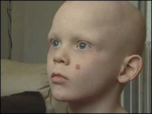 O menino Pierce White-Carter.
