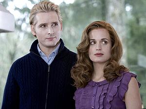 Personagens Carlisle e Esme Cullen, da saga 'Crepúsculo'