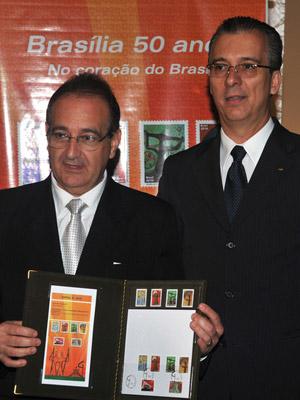 Lançamento de selos Brasília 50 anos