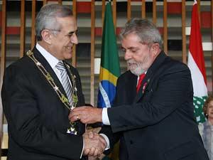 Presidente Lula condecora o presidente do Líbano, Michel Sleiman, com a Ordem do Cruzeiro do Sul