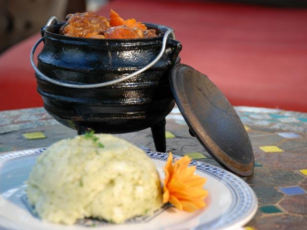 Chicken curry é um dos pratos muito consumidos na África do Sul