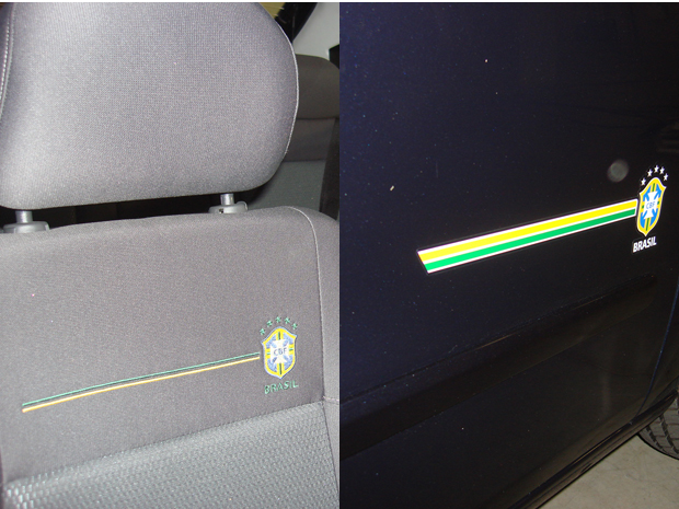 Emblema da seleção está estampado nos assentos dianteiros e na parta inferior da lateral da carroceria.