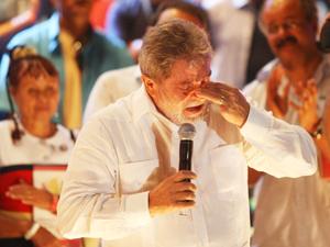 Lula e Dilma participam de evento do Dia do trabalho no Memorial da América Latina