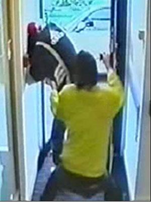Mark Piddington rende ladrão durante assalto