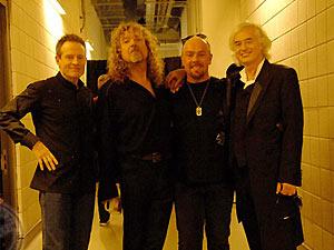 Jones, Plant, Jason Bonham e Page na reunião da banda para um show em 2007